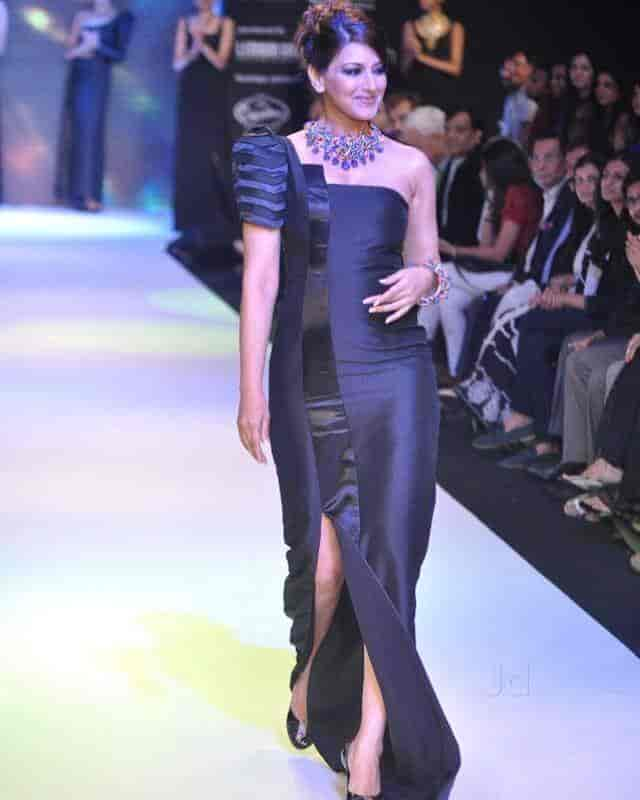 10 Best Fashion Designers Of India Pahal Design 46