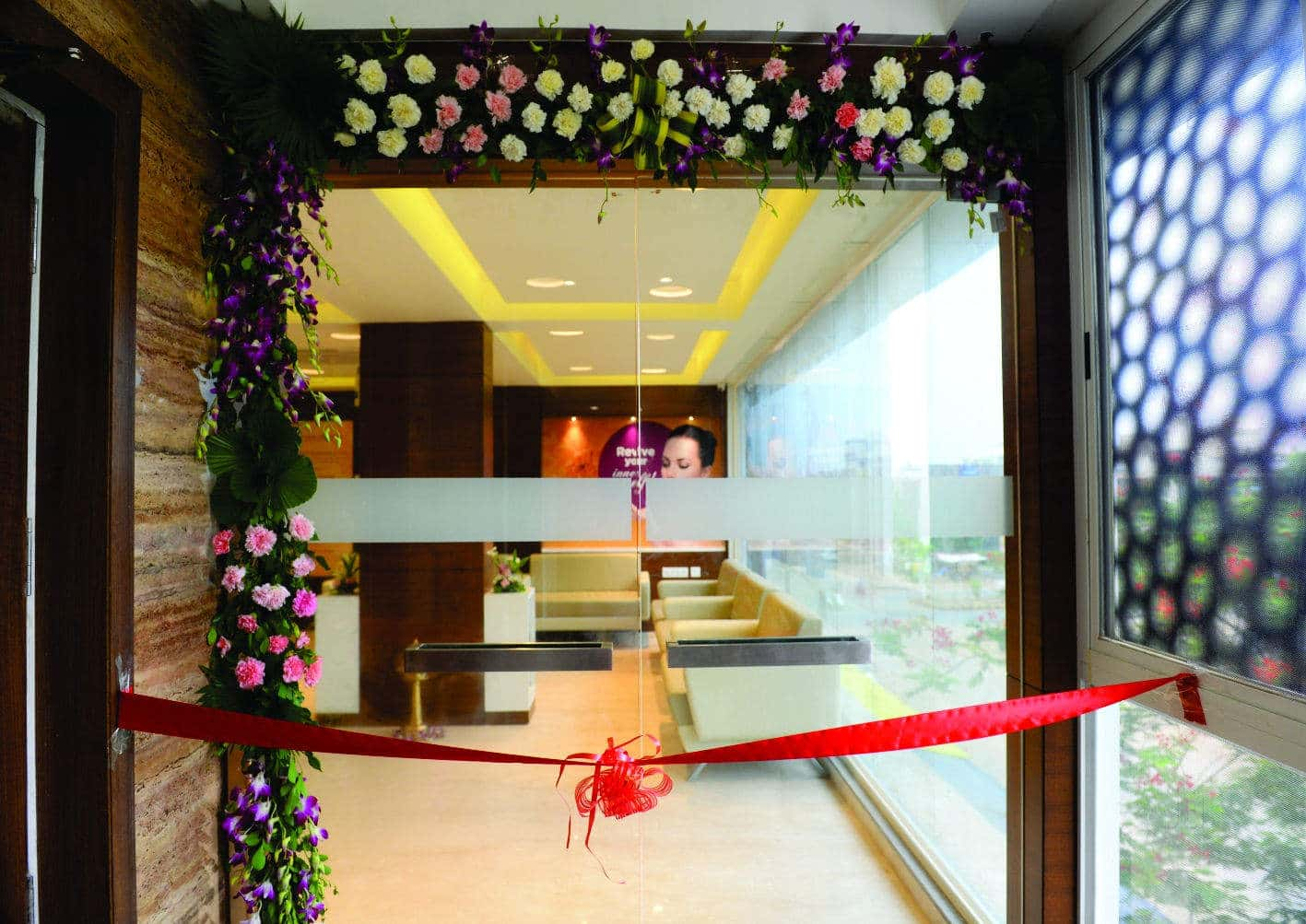 Midastouch Cosmetic Center Photos, Sola, Ahmedabad- Pictures ...
