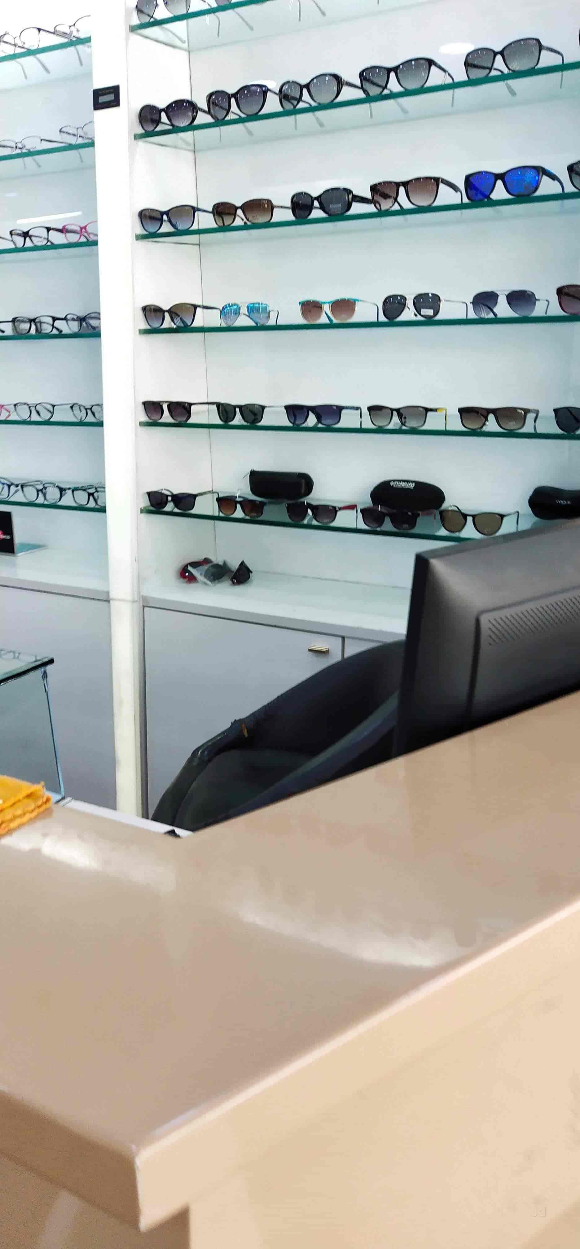978293d96b2 Chashmish Eyewear Studio