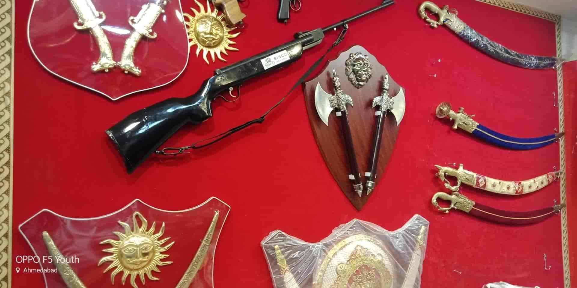 Raj Banna, Krishna Nagar - Wedding Suits On Hire in