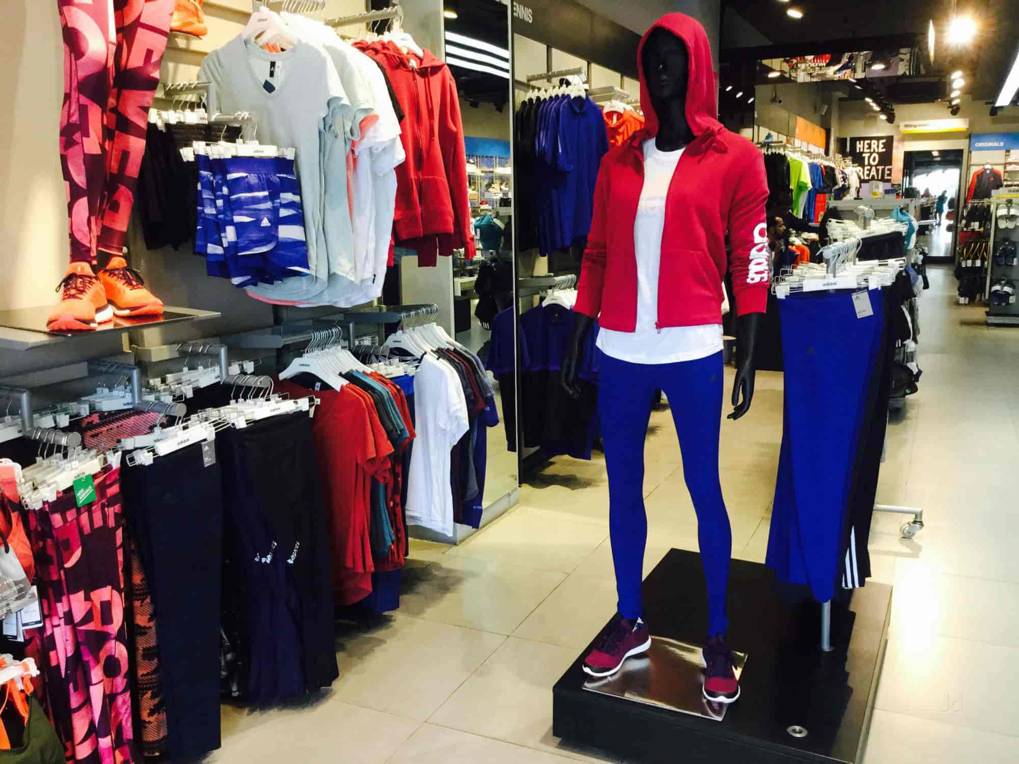 9577fee3a29a82 Adidas Exclusive Store