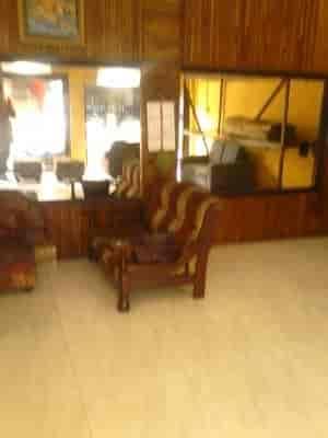 Arcadia Furniture Near Adidas Showroom Sofa Set Repair Services