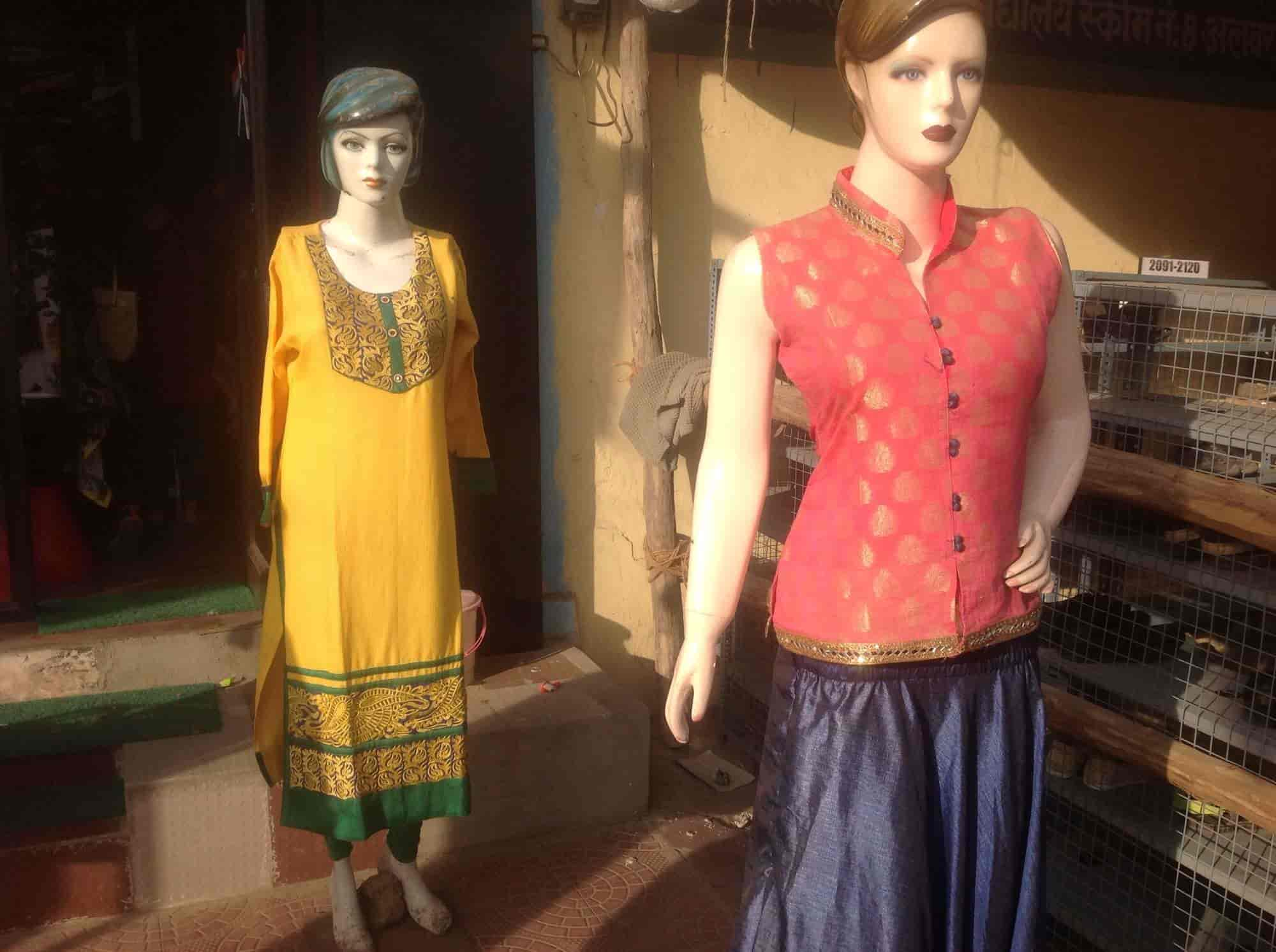 Pari Complete Girls Wear, Opposite Saini School - Readymade Garment