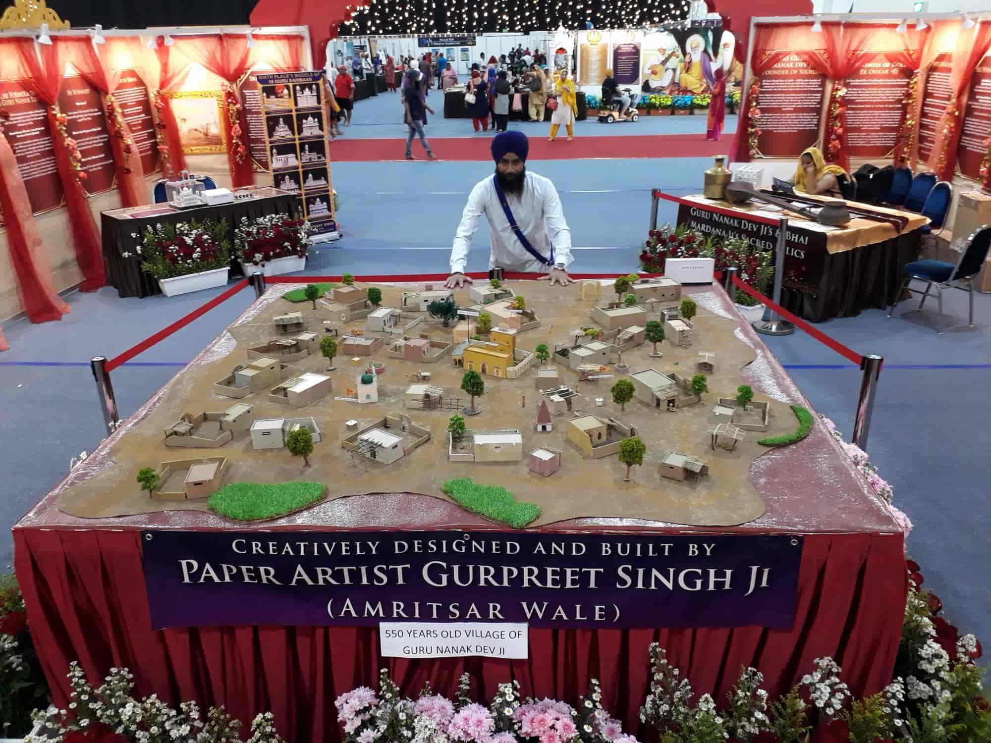 Paper Artist Gurpreet Singh Photos, Gurunanak Nagar