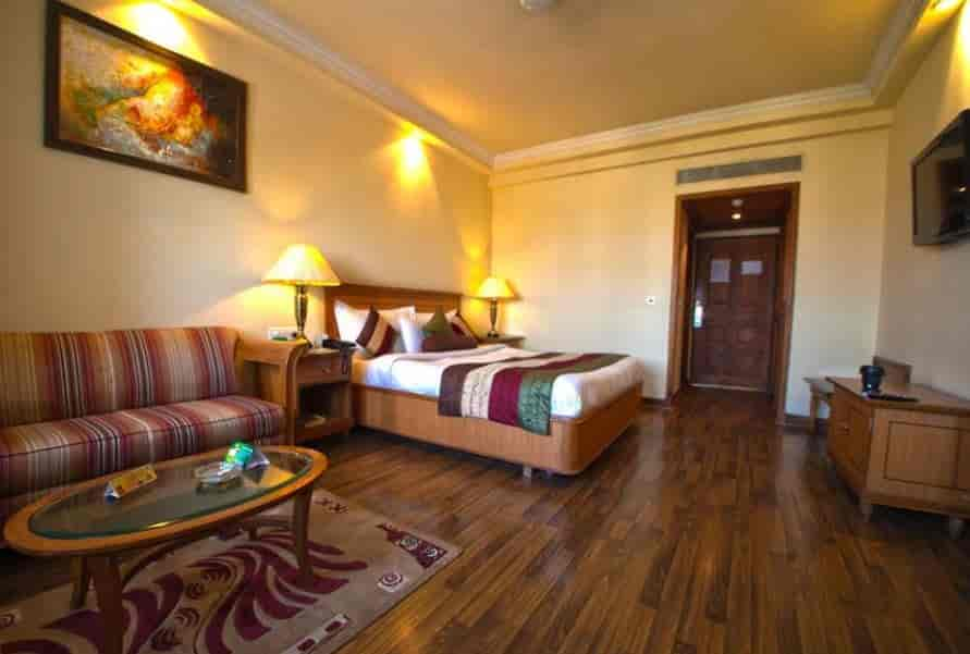 M K Hotel In Ranjit Avenue Amritsar Rates Room Booking Justdial