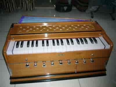 SG Musical, Azad Nagar - Indian Musical Instrument Dealers