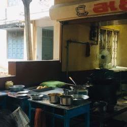 Maharaj Tea Stall, Vallabh Vidyanagar, Anand - tea stalls