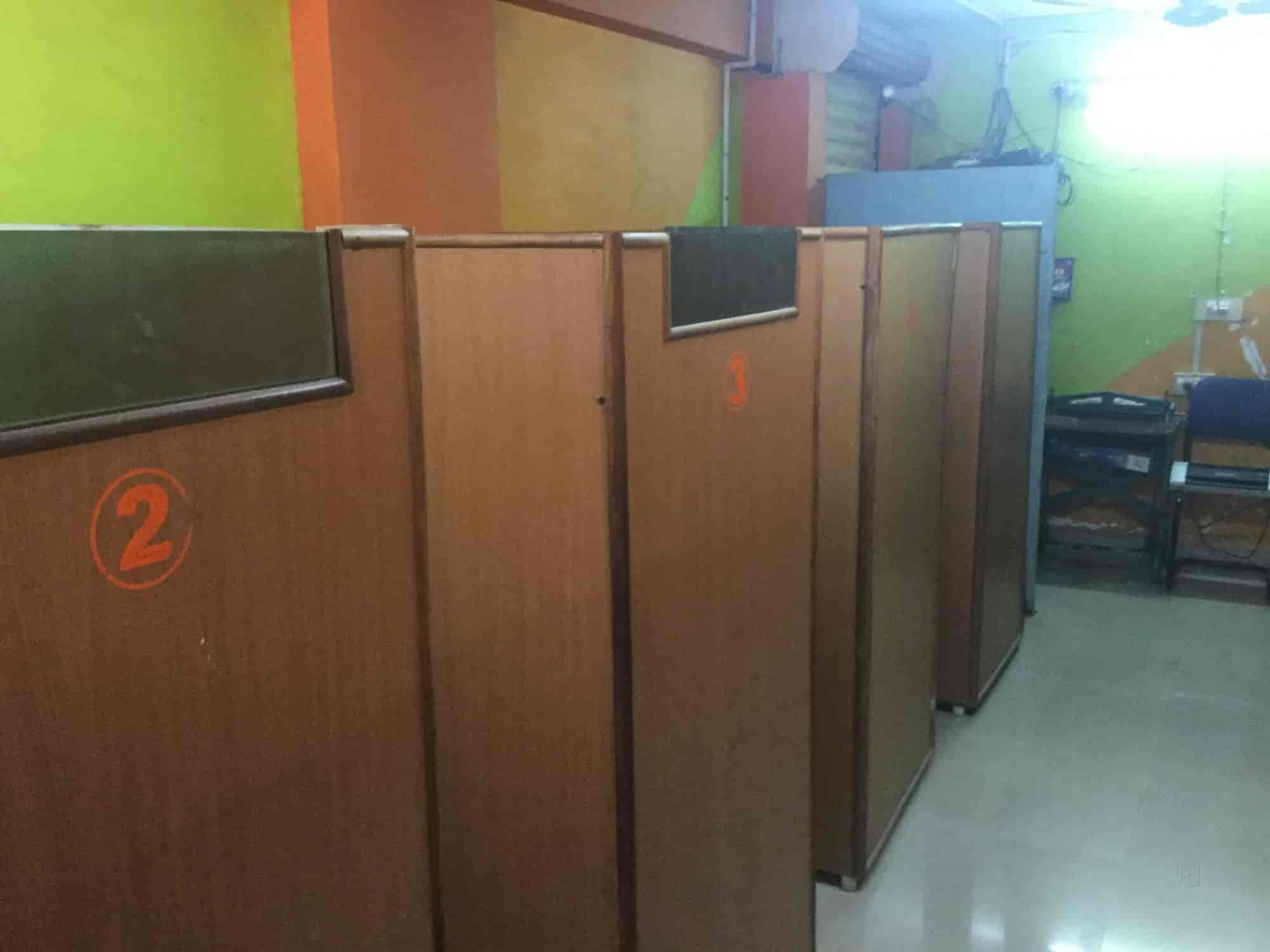 in and wardrobe online closet kurtzy indian the india clothes collapsible book prices cabinet free best cupboard bedroom at long storage with wardrobes b buy shelves