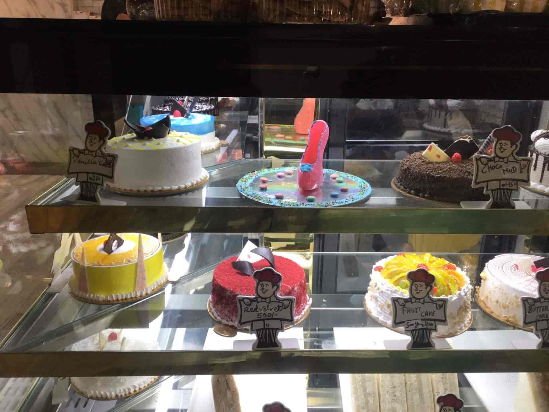 Bimbo Cakes & Cafe, Near Axis Bank, Bahadurgarh-Haryana