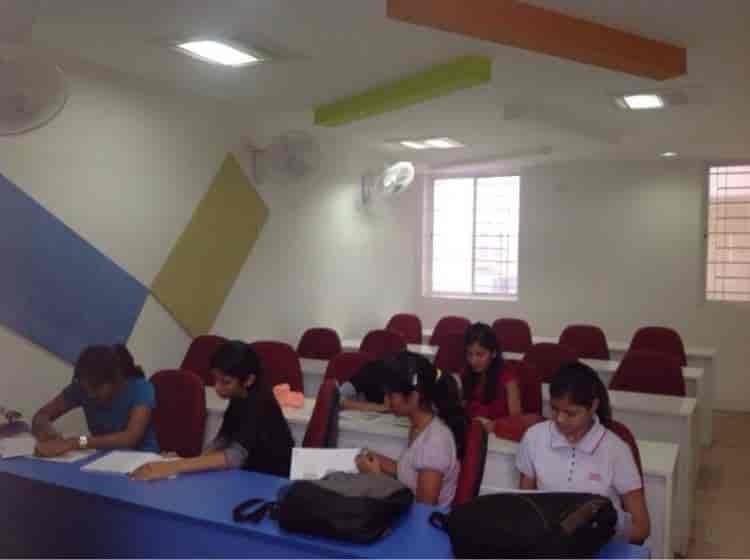 MSc Interior Designing Class
