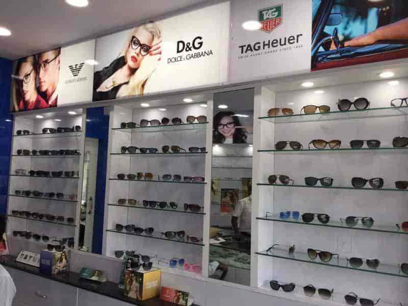 89113a5ae58 ... Sunglasses on Display - Optical Express Photos