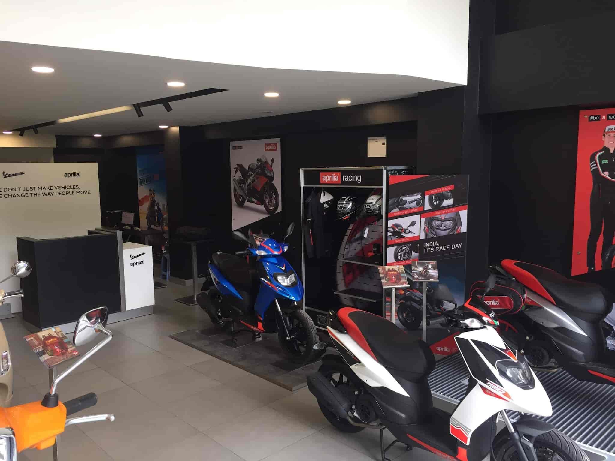 Flash Motors Jayanagar, Jayanagar 5th Block - Motorcycle Dealers