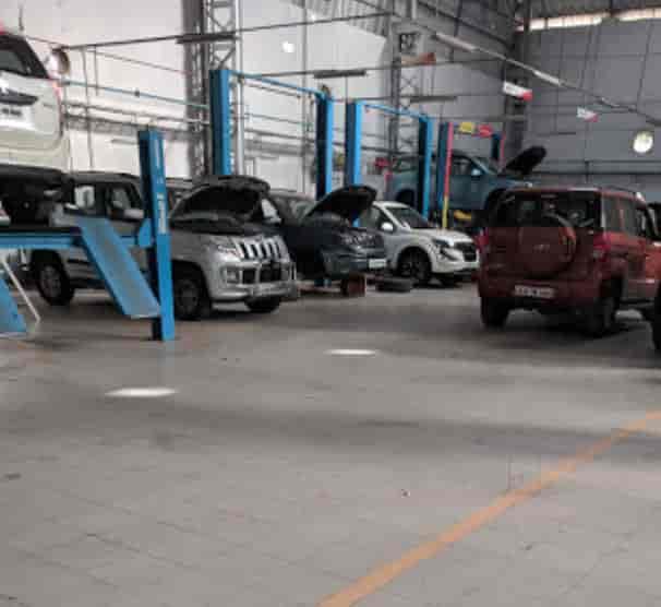 Mahindra Sireesh Auto Magadi Road Service Kamakshipalya Car Repair Services In Bangalore Justdial