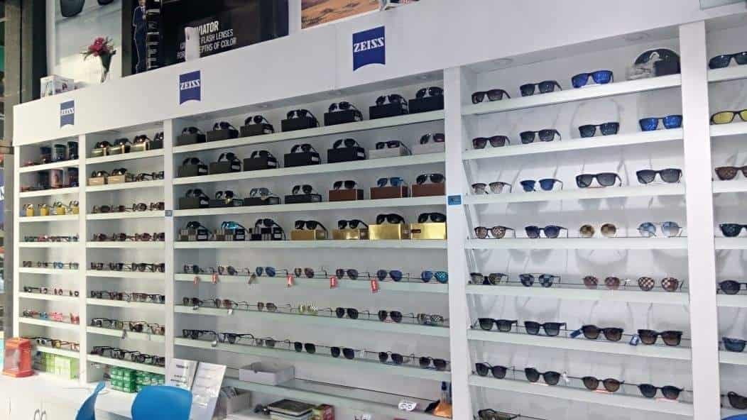 cbae28d3aa4 YES Opticals