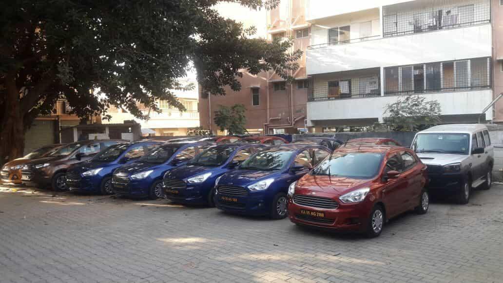 Car Drag Race In Bangalore