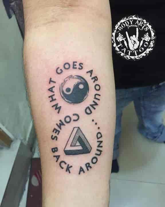 Body Art Tattoo Sign