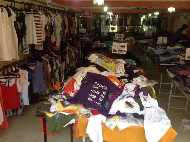 49f4a8463b73 ... Inside View of Garment Collection - All Brand Factory Outlet Clearance  Sale (Closed Down)