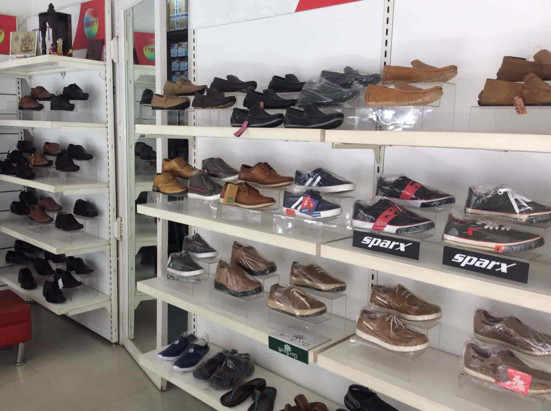 Liberty Near Me >> Liberty Exclusive Showroom Civil Lines Shoe Dealers In