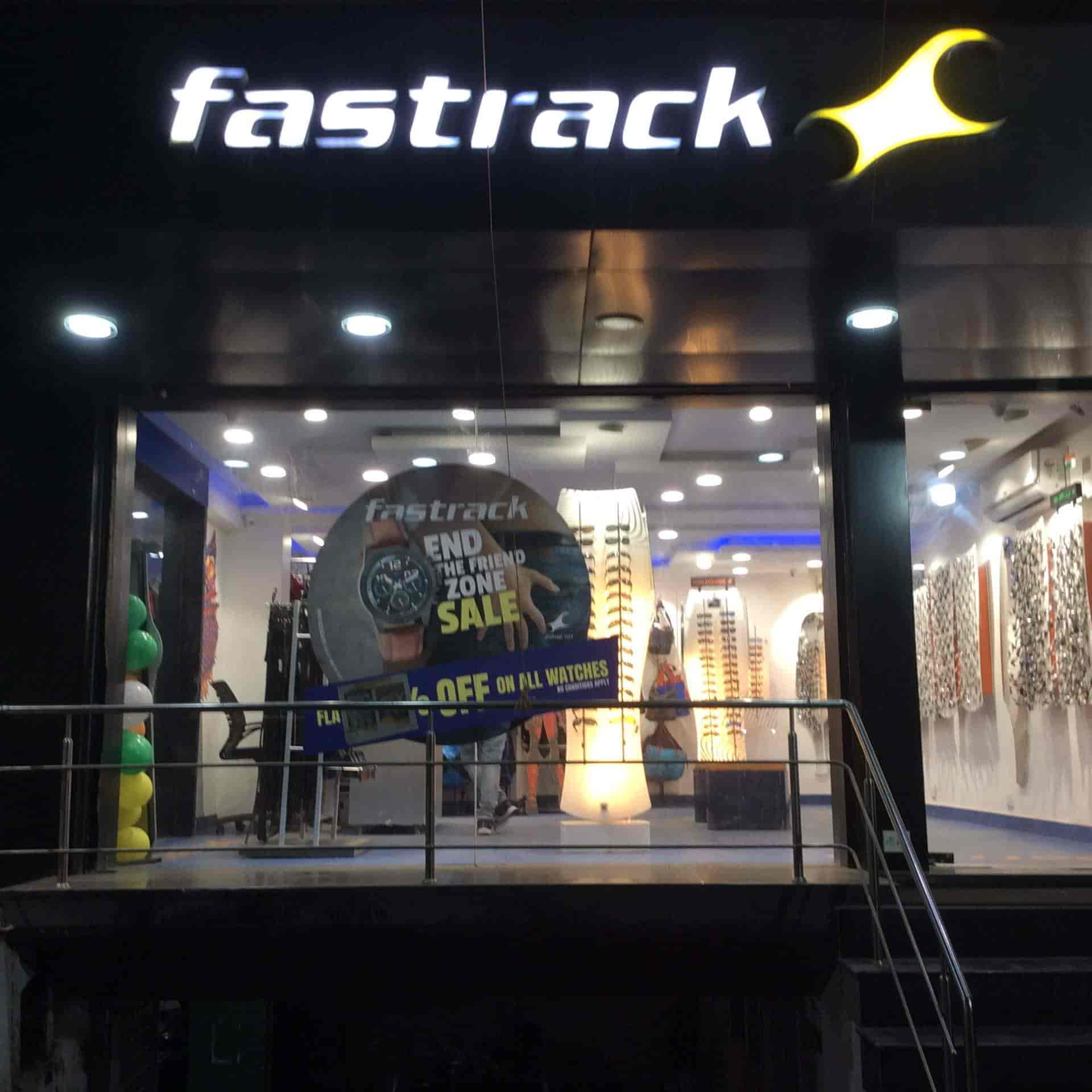 344ddfe5813 Fastrack Showroom