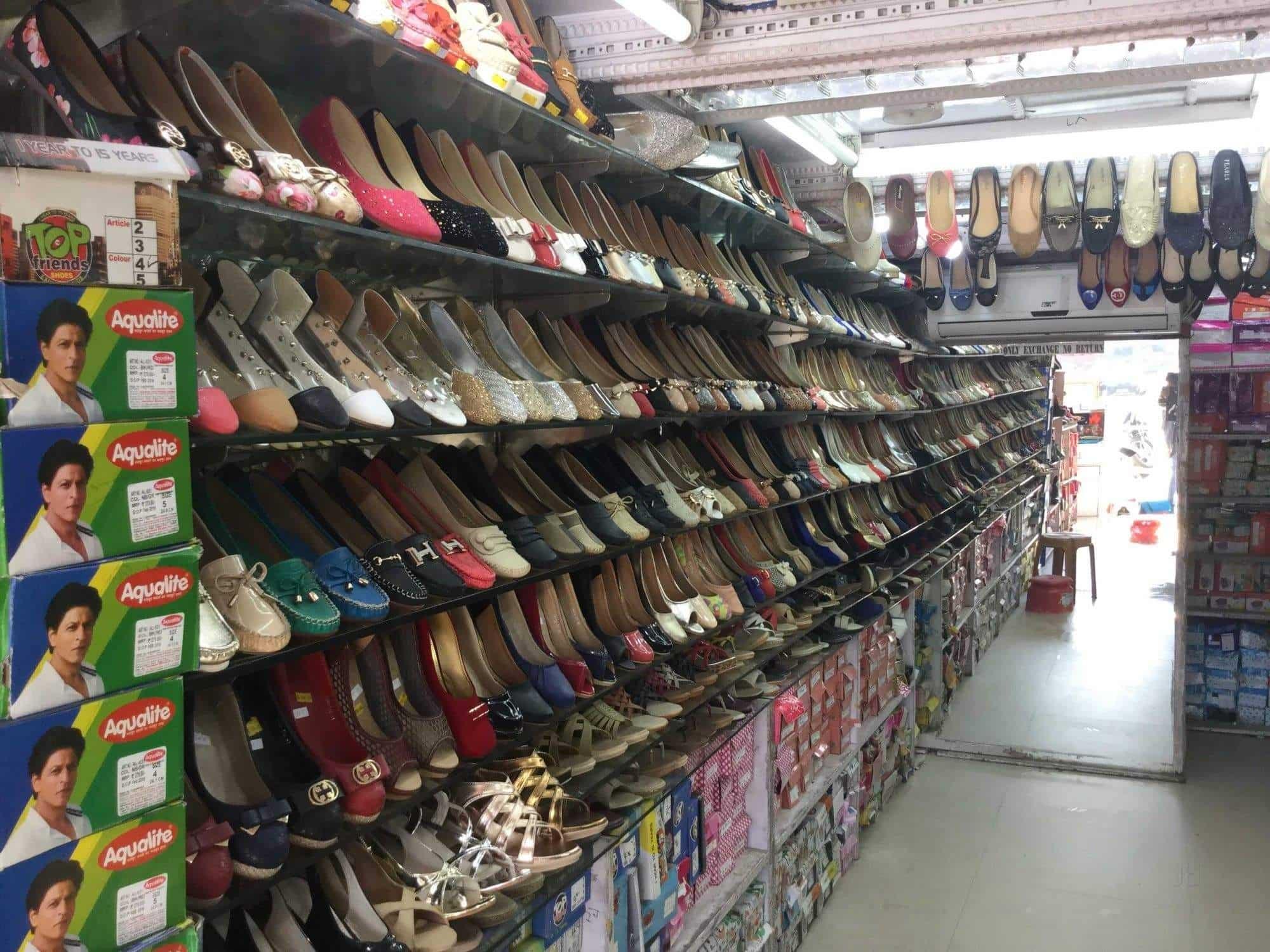 064240c65925 Classic Footwear