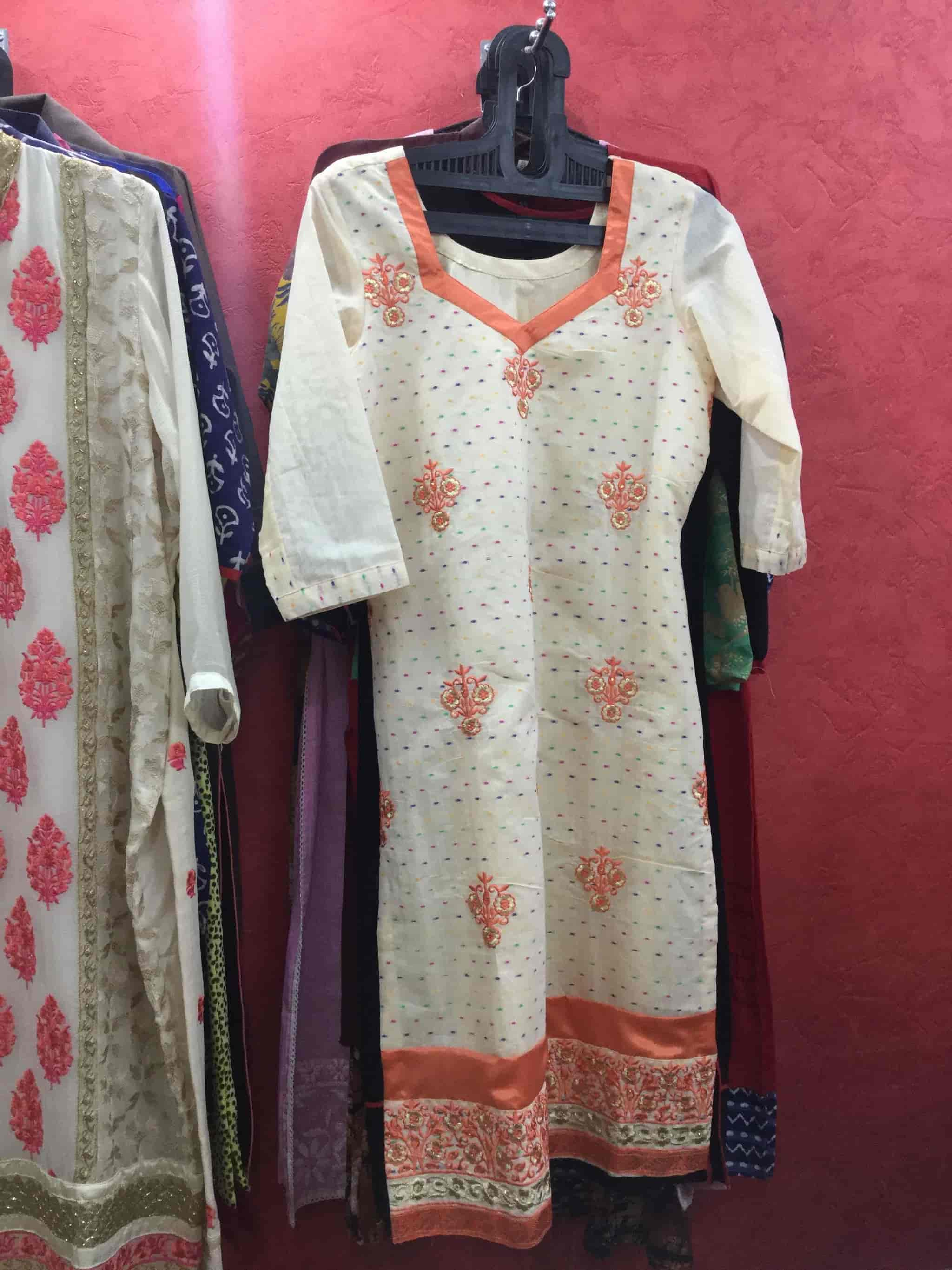 Savi Designer Boutique Photos, Sector 45c, Chandigarh- Pictures