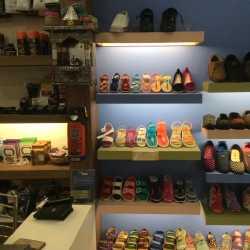 f78ebc0d463 ... Relaxo Footwear Shop Photos