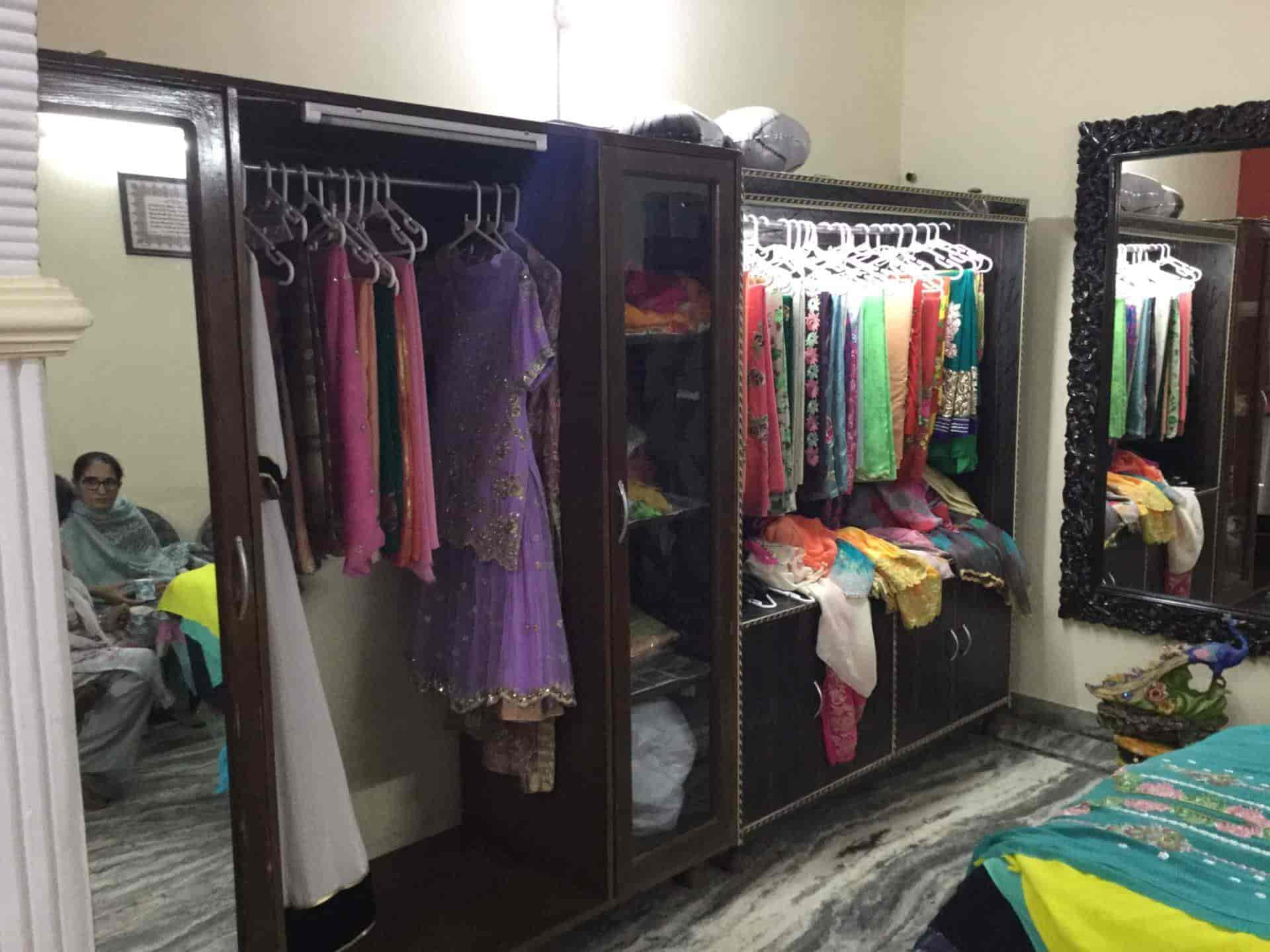 2227a48733 Aman Sandhu Boutique, Mohali Sector 71 - Women Boutiques in Chandigarh -  Justdial
