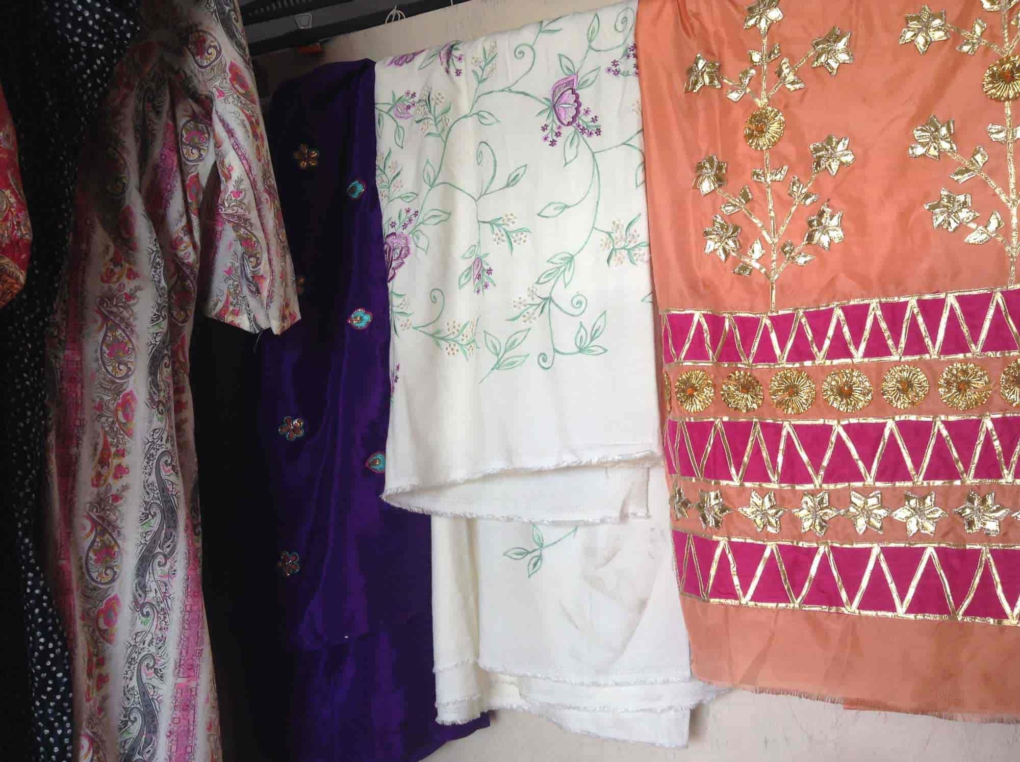 Teji Designer Boutique Photos, Sector 70, Chandigarh