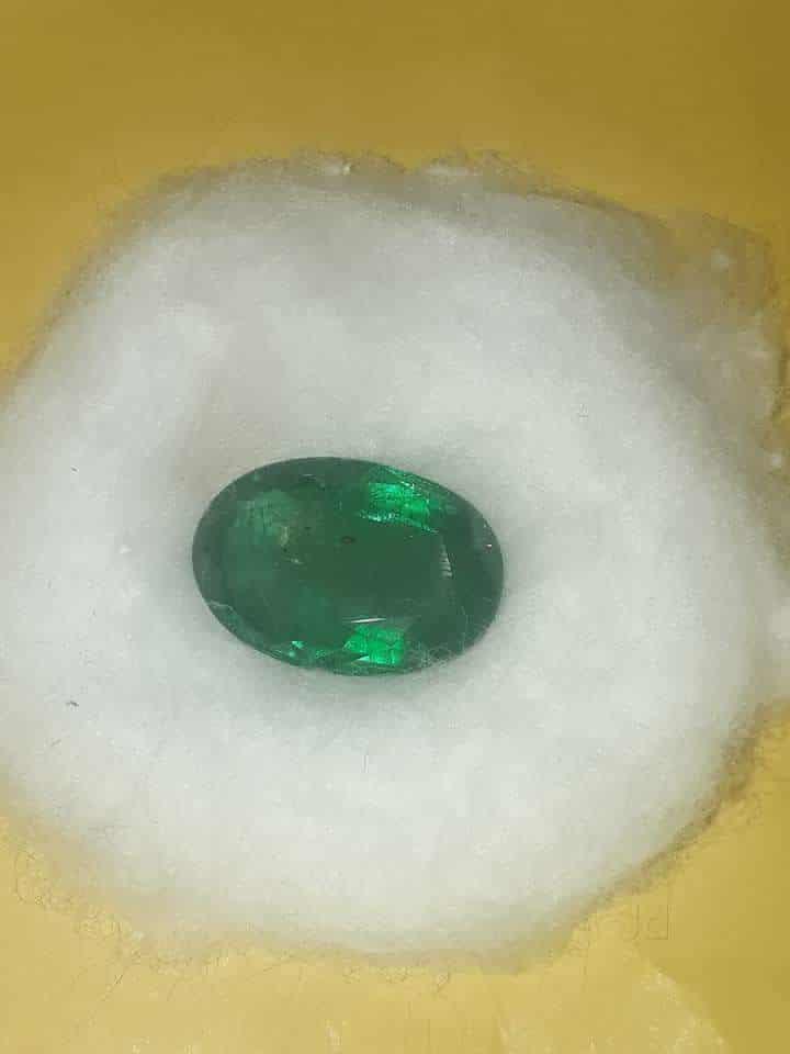 Royal Gemstone Wholesaler, Sector 18A - Gemstone Dealers in