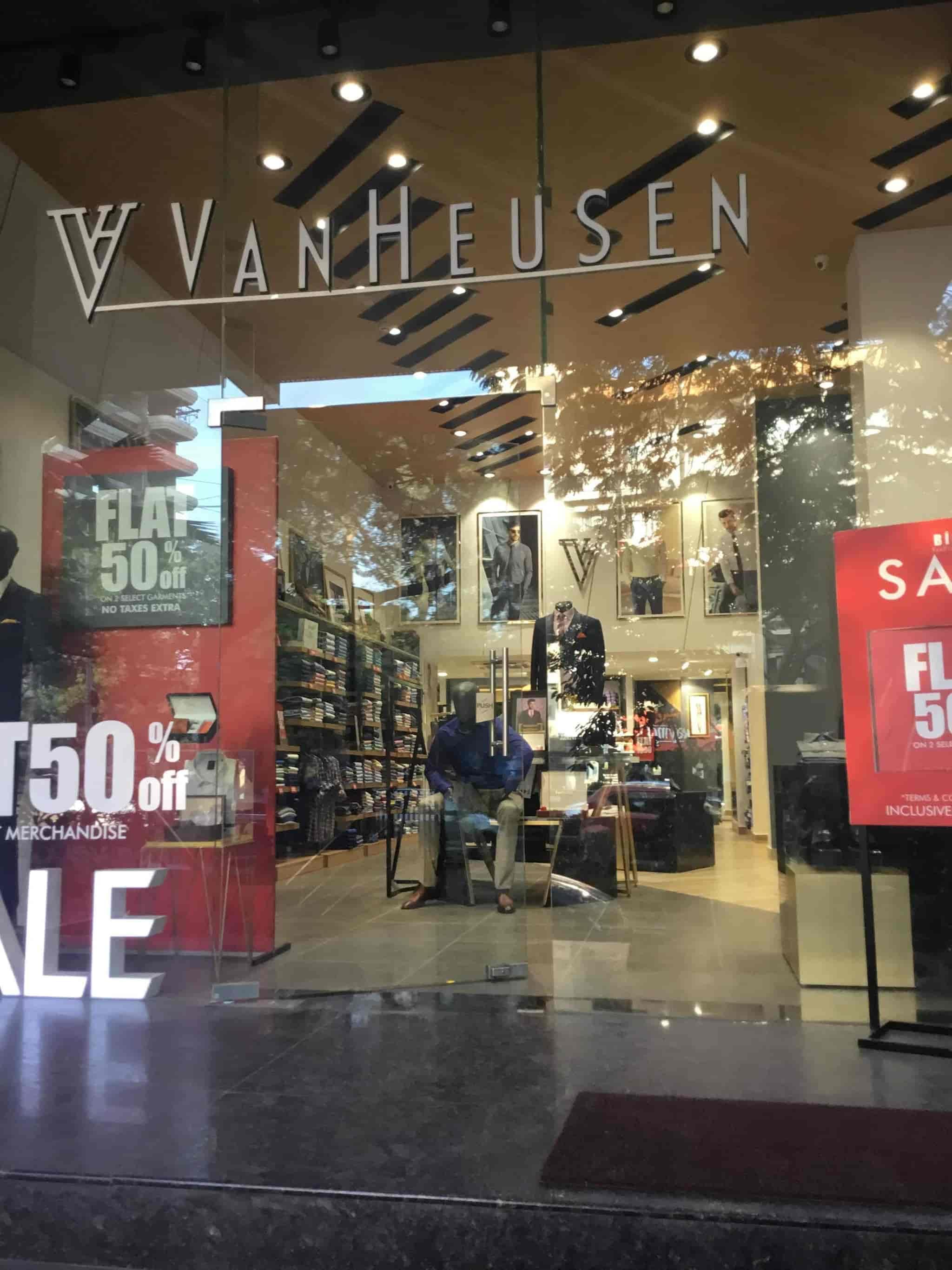 f546ce37fb Van Heusen Exclusive Showroom