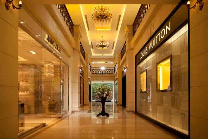 Cheap interior view bergamo photos chennai shopping centres with interior design bergamo - Interior design bergamo ...