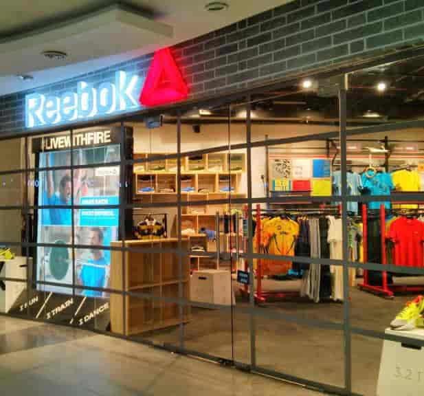 Reebok Store (Express Avenue Mall