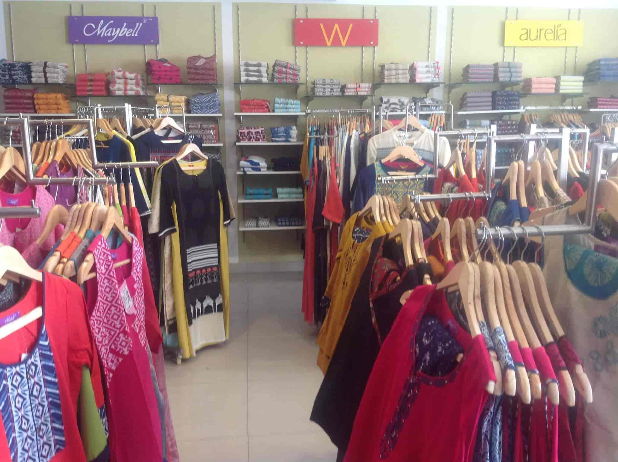 9458dbb43000 Aura Women s Store