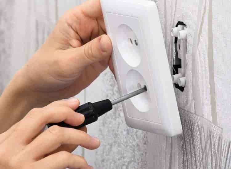 Banti Electrician