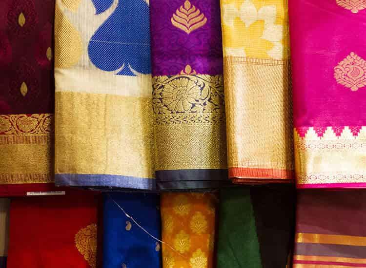 Vashishtha Emporium, Chowk Thana - Saree Retailers in Varanasi - Justdial
