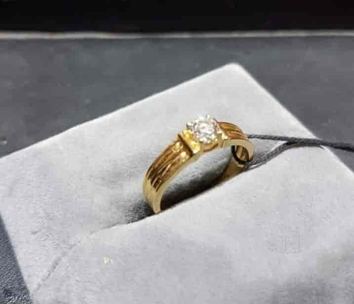 finger yellow engagement mia diamond ring day from gold jewellery collection by v rings tanishq