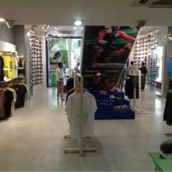 e42dc763286 ... Inside View Of Showroom - Reebok Store Photos