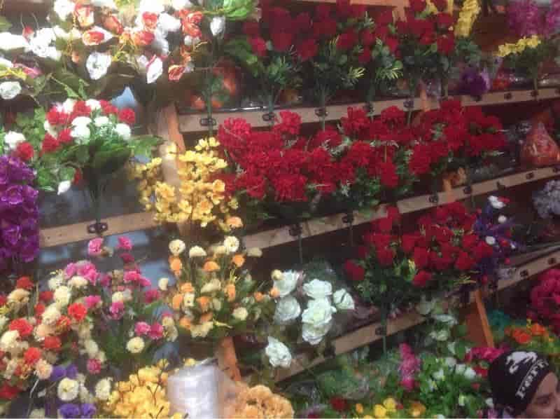 J P Flower World Sadar Bazar Artificial Flower Wholesalers In