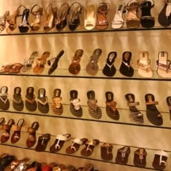 Balujas Shoes \u0026 Bags, Connaught Place