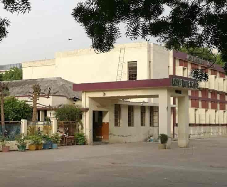 Exterior - Lady Irwin School Images, Defence Colony, Delhi - Girls Schools
