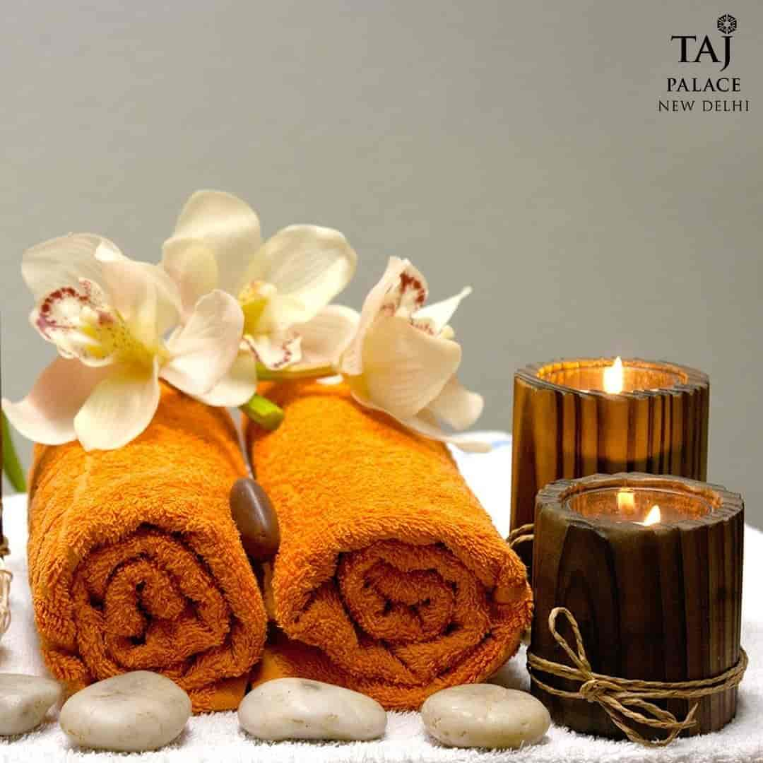 Justdial Hotels: Steamed Soft Roll Cake Qq Cake Delicious Art T Roll Cakes