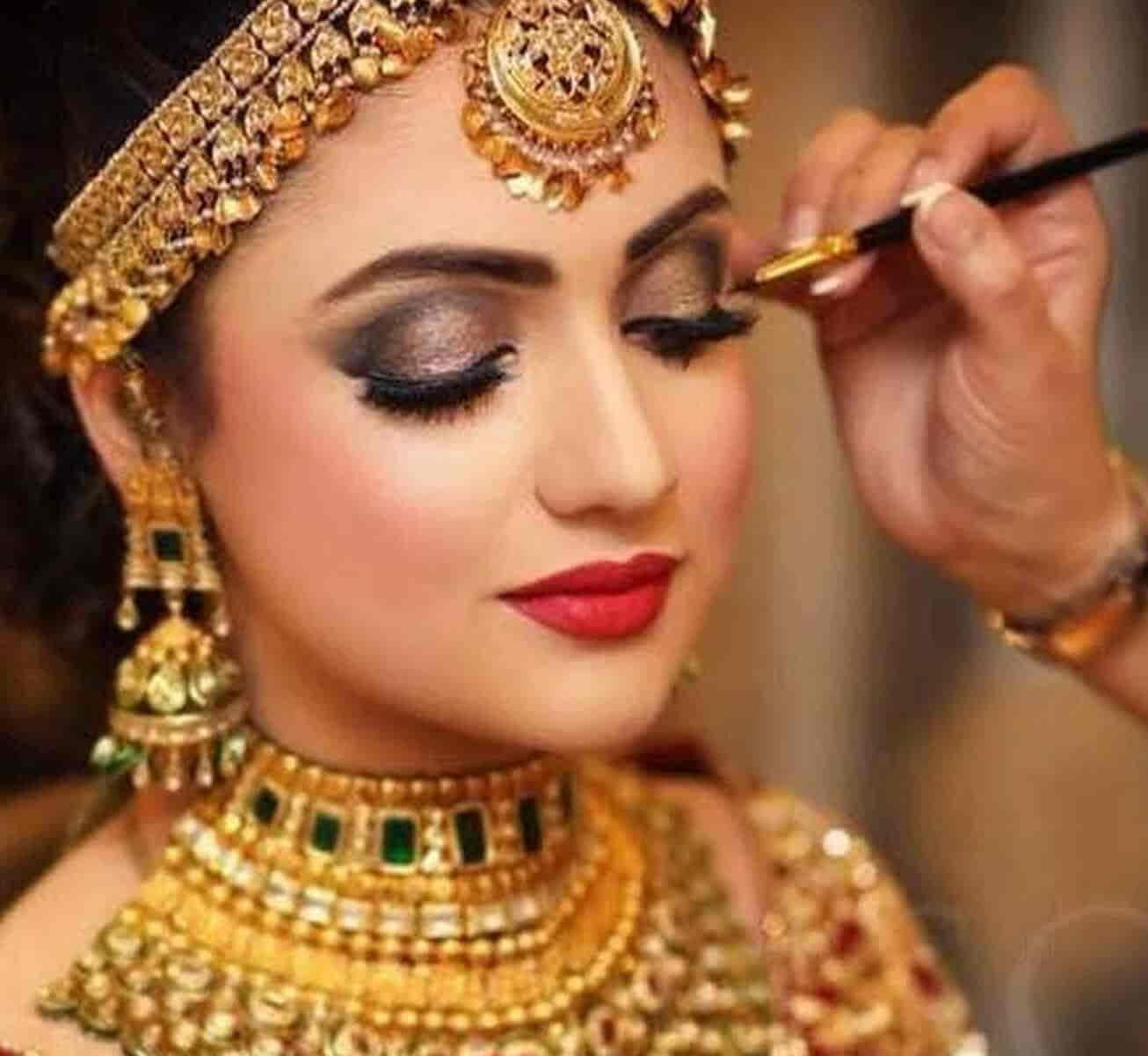 Top 8 Bridal Makeup Artists In Goa Who
