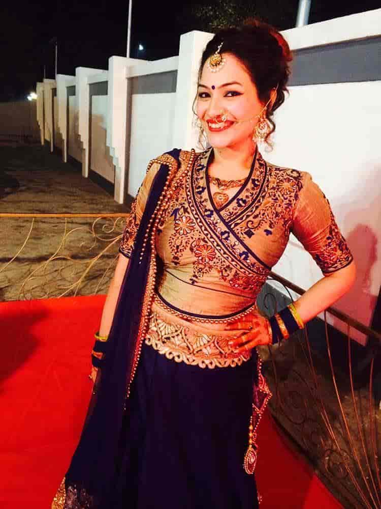 nidhi verma navjeeven vihar nidhi varma makeup artists in delhi justdial
