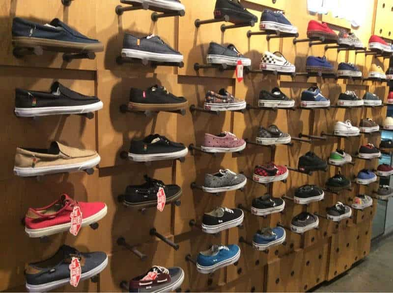 58f2b7c26a Vans Exclusive Store