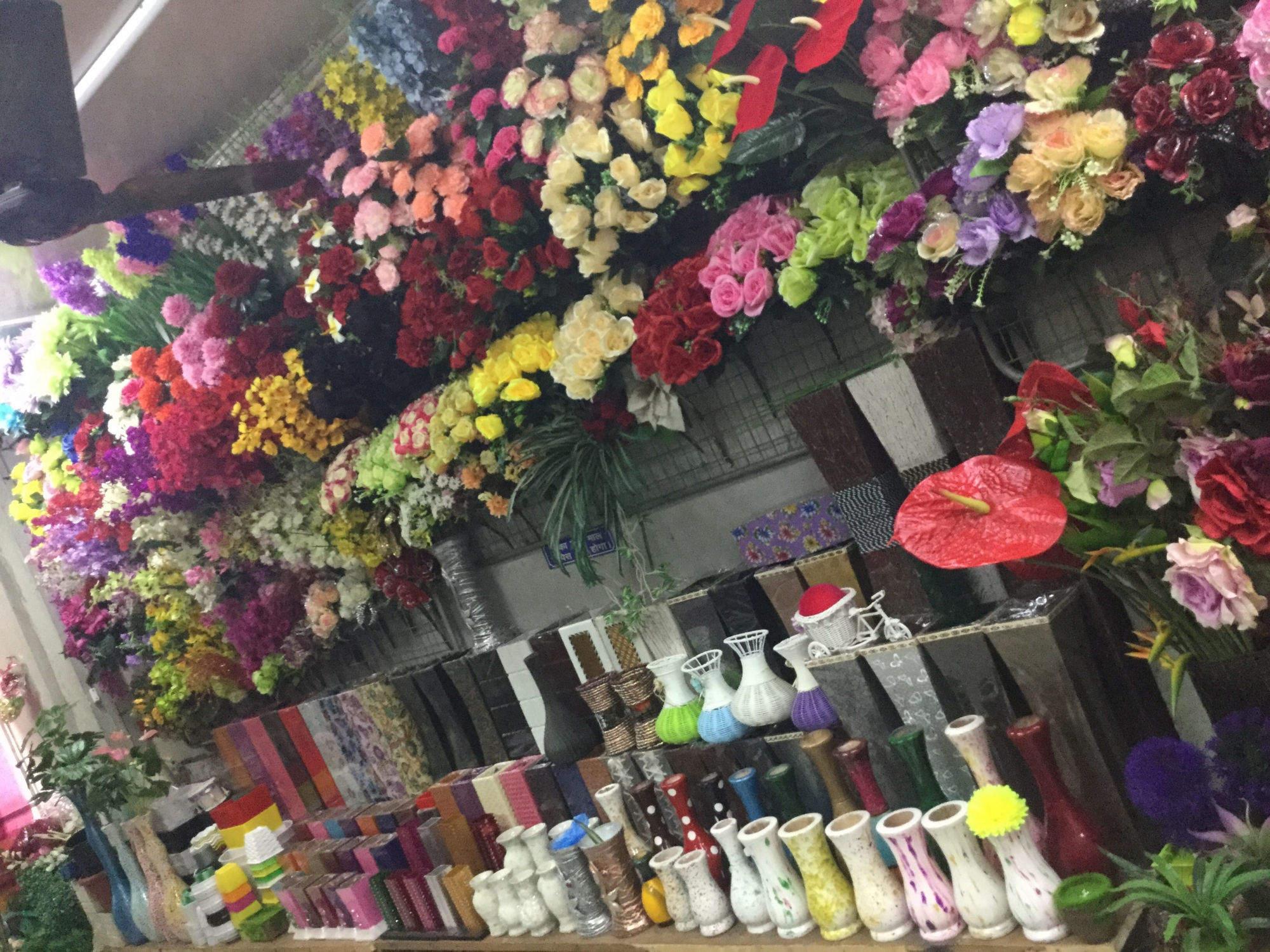 Eikaebana Flower Shop, Sadar Bazar  Christmas Tree Dealers In