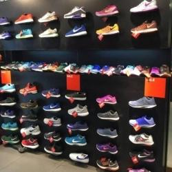 nike shoes factory outlet near me