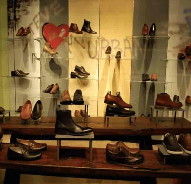 Steve Madden, Saket - Designer Label Shoe Dealers-Steve Madden in Delhi -  Justdial