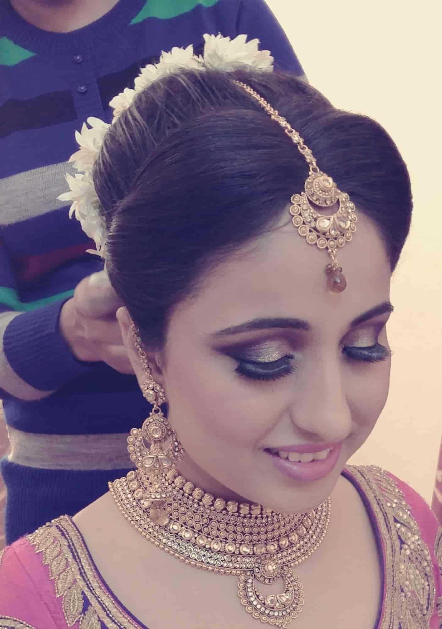 ... Best Bridal Makeup Artist Poonam Rawat Photos, Vasant Kunj, Delhi - Makeup Artists ...