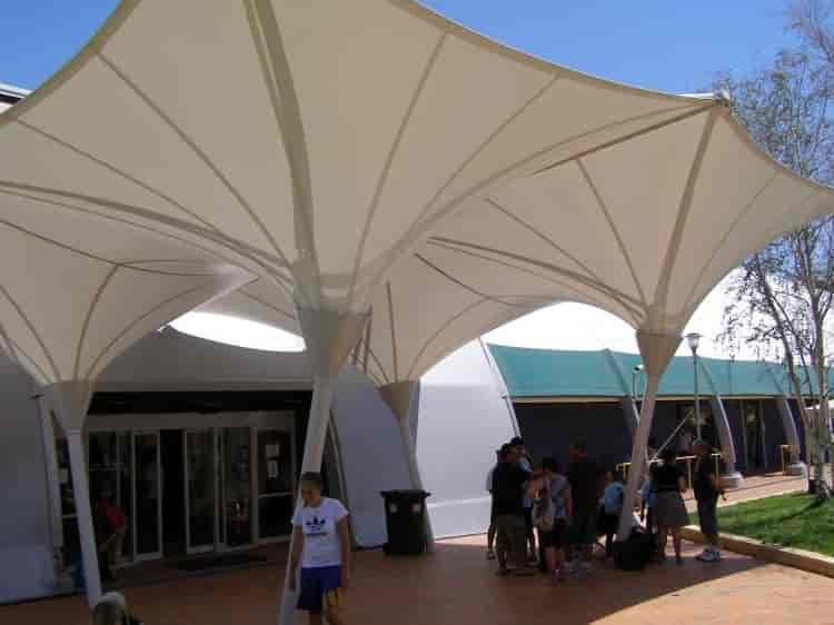 Tensile Architecture Dayal Bagh Colony Delhi Polycarbonate - Tensile architecture