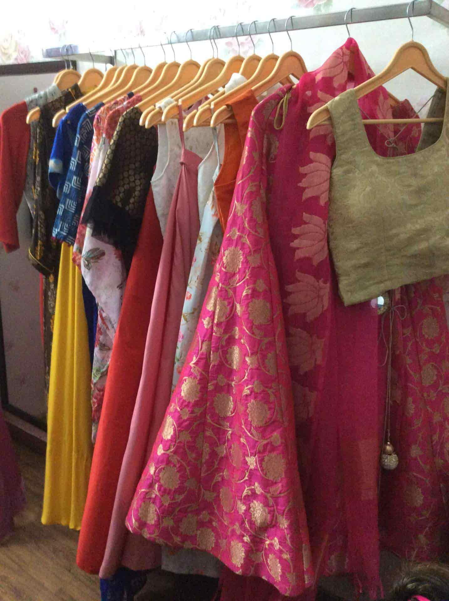 f57eba9d05 ... Shrisha Designer Boutique Photos, Dwarka, Delhi - Salwar Kameez  Wholesalers ...